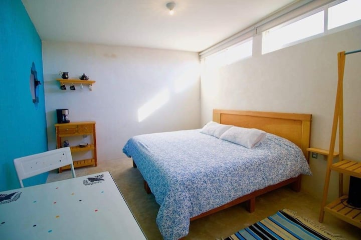 """Hermosa suite privada """"SILLERA"""" en Casa Holistica"""