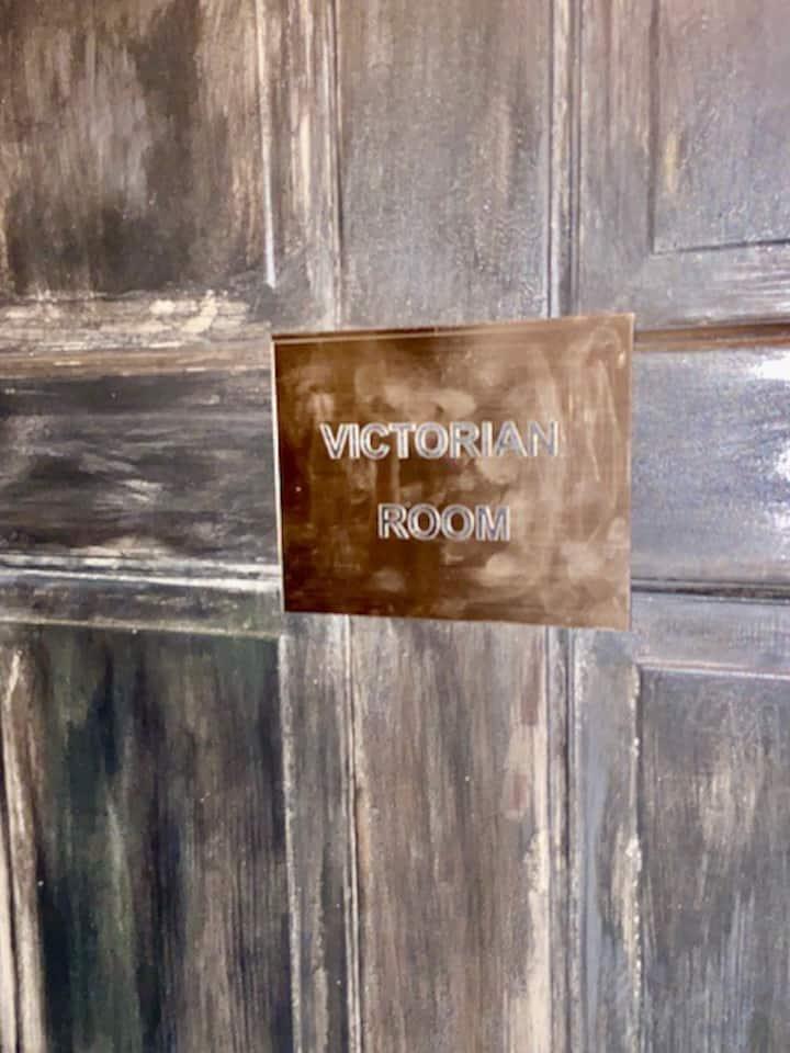 Private Victorian room  steam sauna in the Mansion