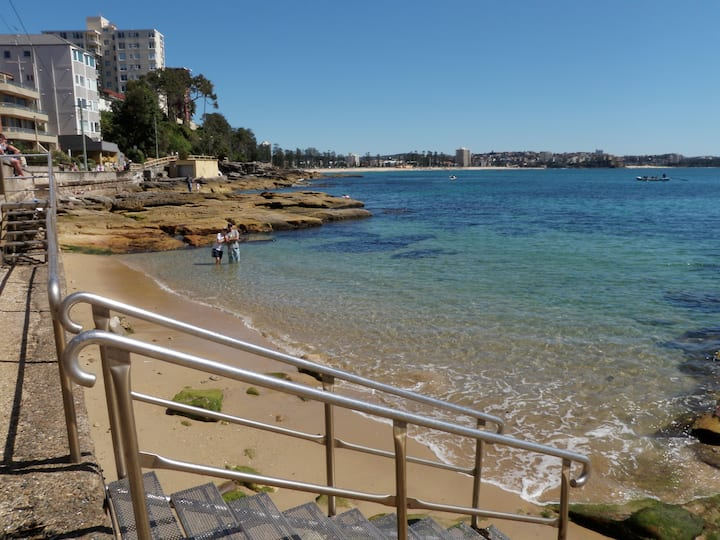 Best choice  Manly direct beach accommodation  5