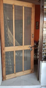 Enternce door 40 inches