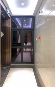 门廊有1.5米宽