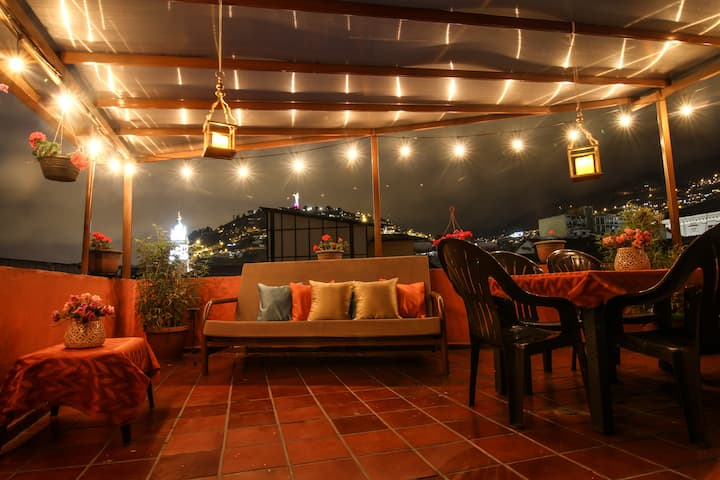 Perfect Location- Double Room- Quito's Old Town