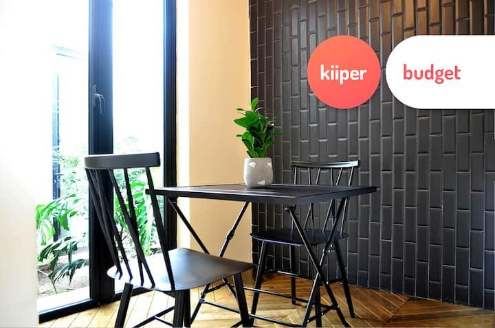 kiiper budget | Unique & Centric Loft | 2 PPL