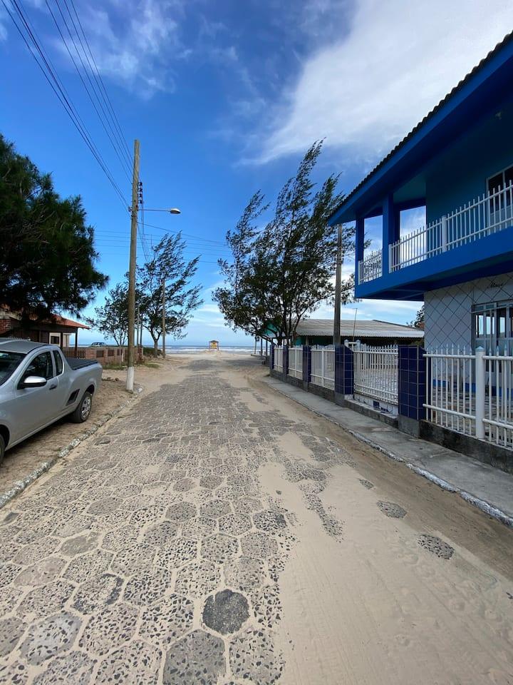 Apartamento próximo à beira mar com dois quartos