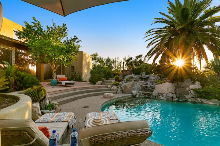 Come Relax at Your Private 5 Acre Desert Oasis