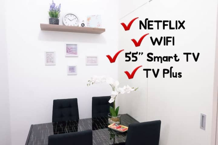 Tagaytay SMDC Condo  w/ Parking, Netflix & WIFI