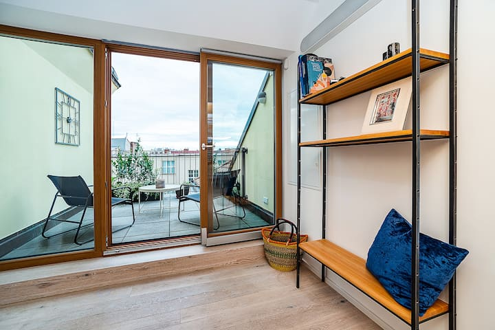 Brand new luxury two-level apartment in Old Town