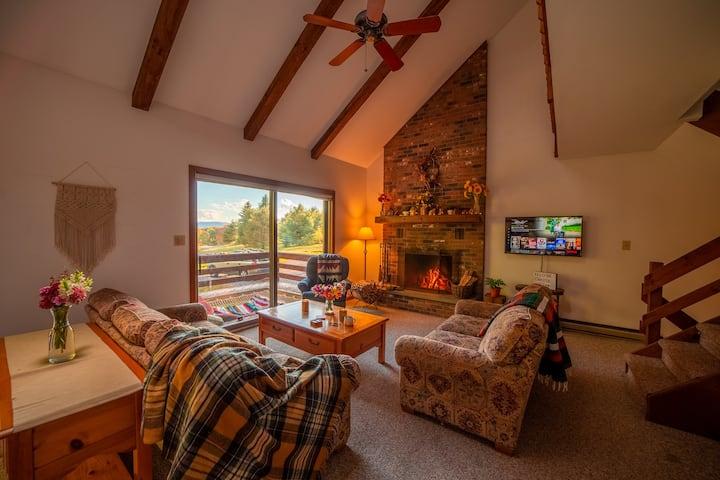 The Saltbox Lodge - Ski Windham Hunter Catskills