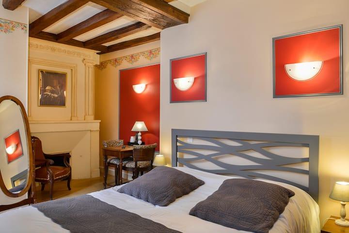 Chambre double dans un Manoir du XVIIè