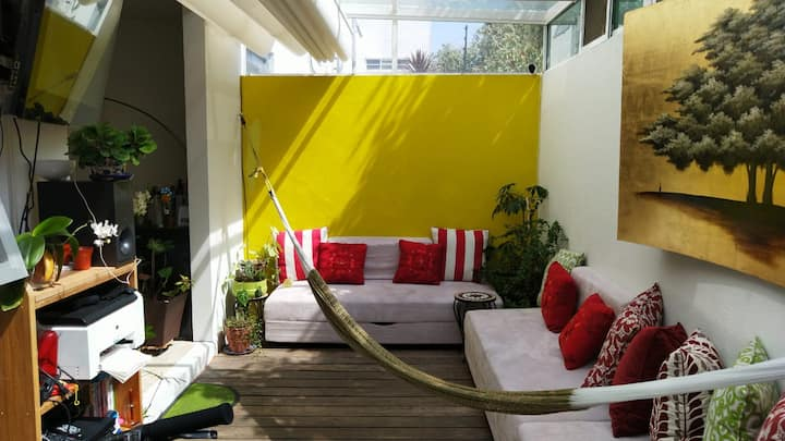 Bon vivant apartment