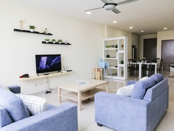 [Super Homes 13] above Setapak Mall- up to 12pax