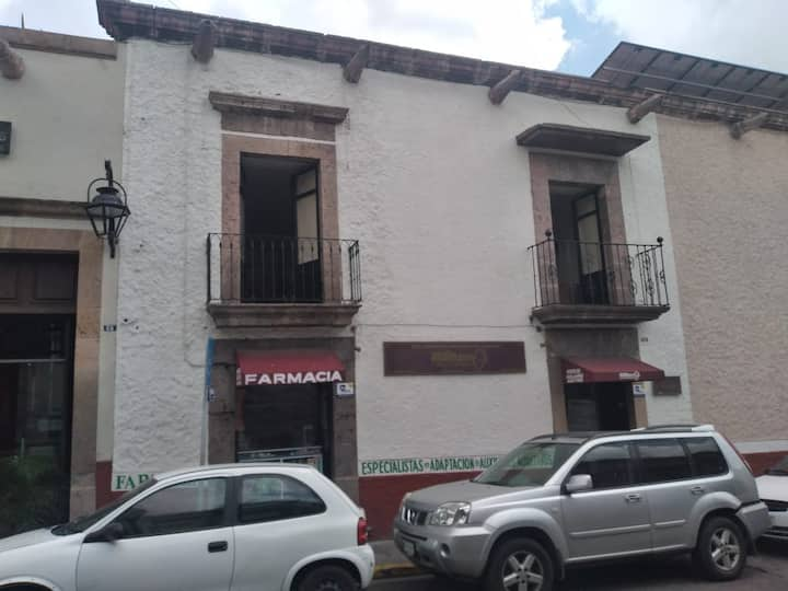 Audiozon, 2 cuadra catedral, Santiago Tapia 59 alt