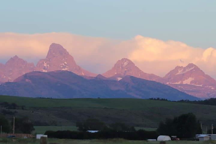 Amazing Teton views!  Beautiful new ranch home