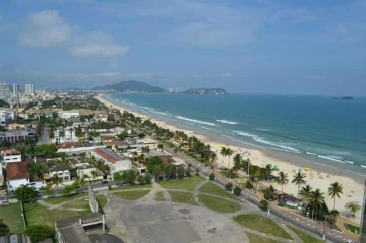 Sobrado Enseada Guarujá 800 mts da Praia