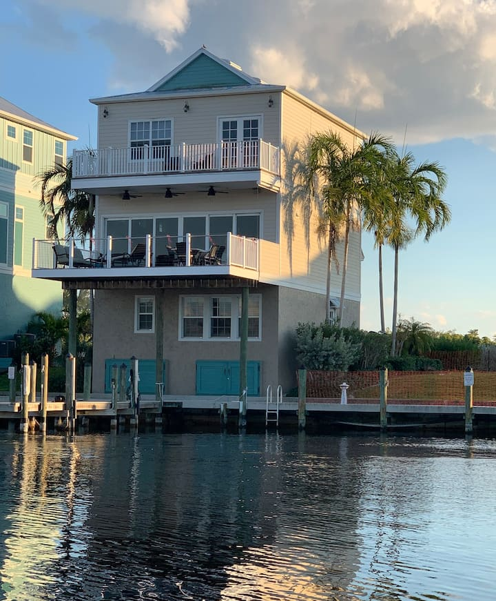 3 Story Amazing Model Home- On Water with Dock