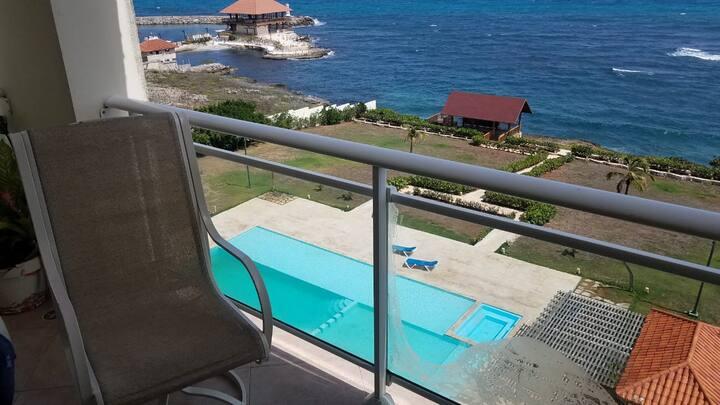 Hermoso Penthouse a orillas del Mar Caribe