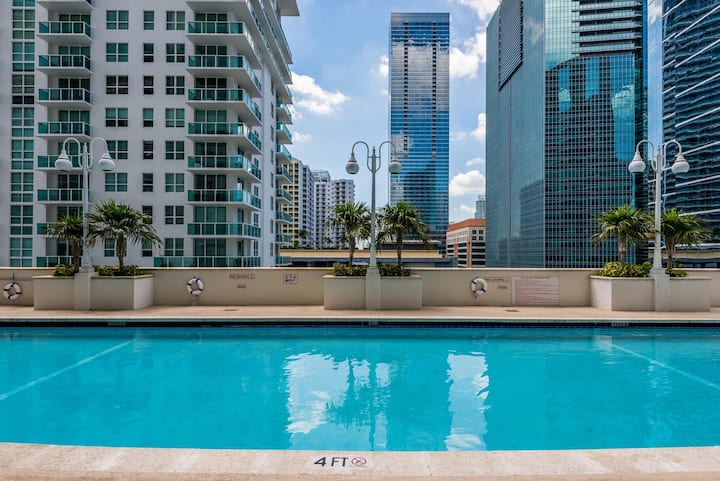**Fascinating Studio Apt @BRICKELL great prices**