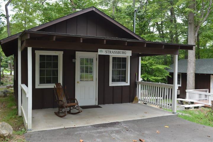 Family Cabin on Beautiful Retreat Center