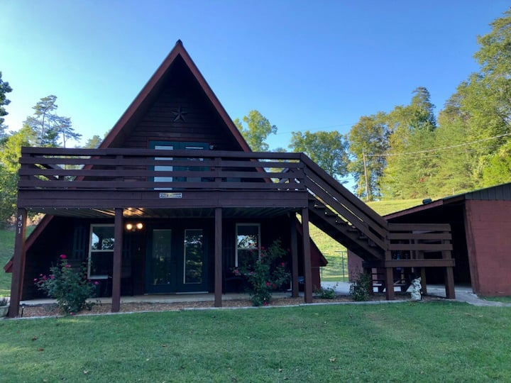 Slice of Heaven on The Caney Fork River