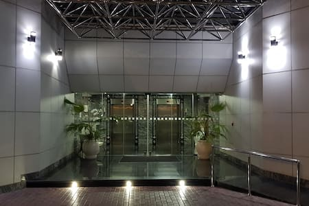 Main entrance is flat from the car park