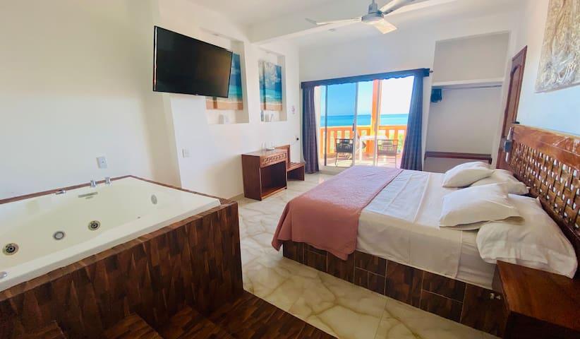 XC12 Lujosa Habitación Con Vista al Mar y Jacuzzi