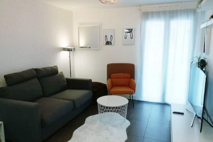 rated 3 stars, Paris/Orly, new apartment 2 rooms