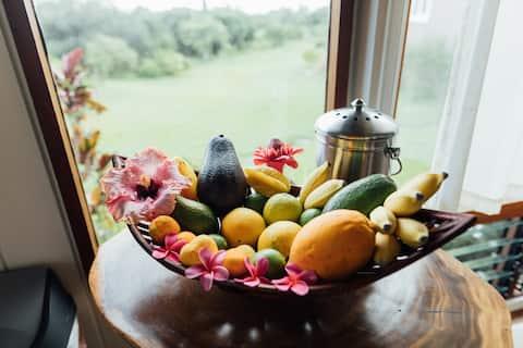 The Farm Cottage -At Olamana Organics
