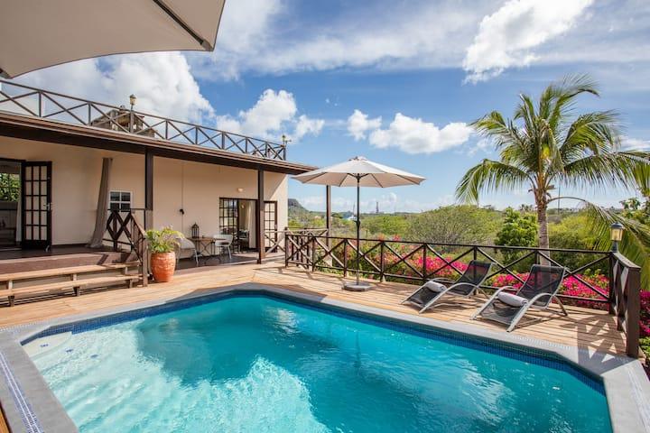 CuraVilla App B Stijlvol resort & prachtig gelegen