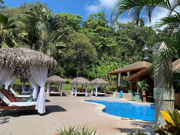 Super well located hotel unit in Manuel Antonio