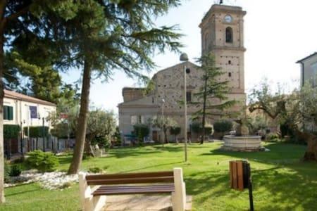 "Casa Vacanze ""MiròMarlì"""