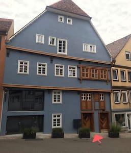 Haus mit Haustür