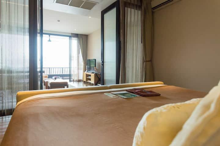 1 Bedroom Suite Sea View -  ROOM ONLY