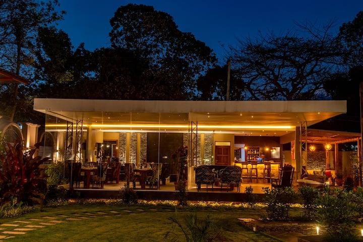 5Luxurious Apartments in Shanti Town -Moshi -