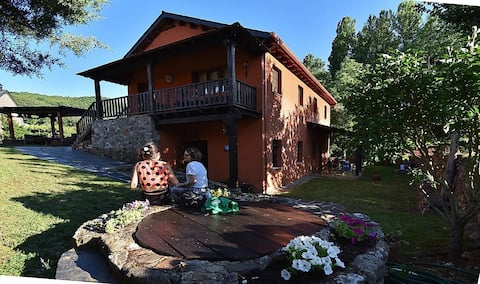 Casa completa en entorno rural (Las Médulas)