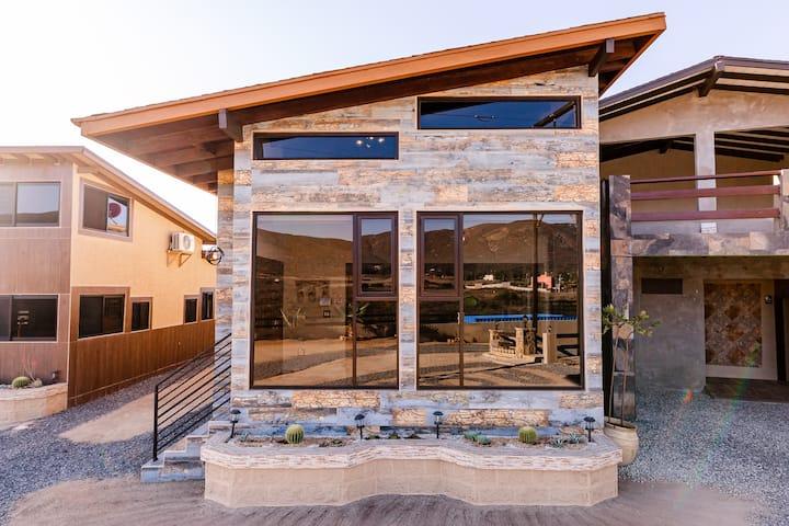 Romantic Mt. View Villa For Weekend Getaway