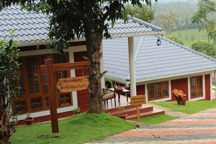 Tea Garden Chalets. Holiday Homes.  Chalet 2