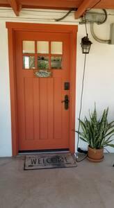 No steps at front  door