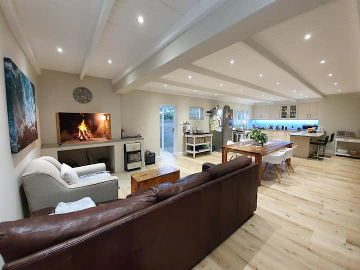 Modern open plan beach house