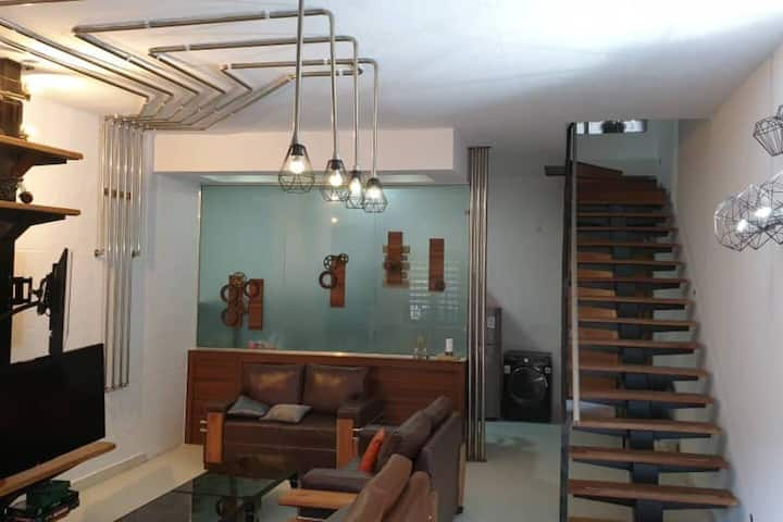 The Foundry - Modernistic two bedroom duplex