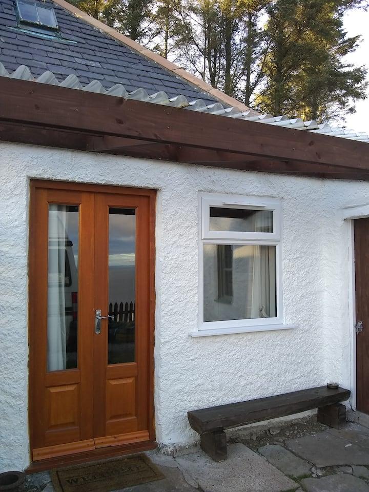 The Tall Pines Studio, Scottish Highlands & NC500