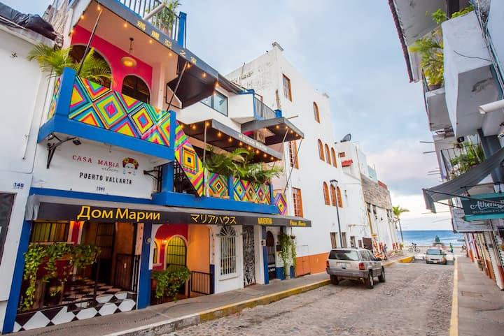 CASA MARÍA ROOM 3, Downtown Street Pípila #134