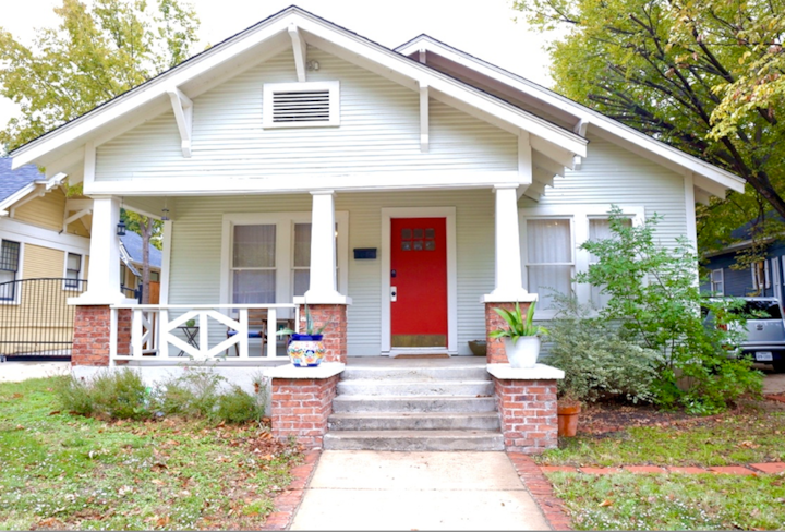 Cozy Bungalow-Minutes to Downtown-Walk to Magnolia