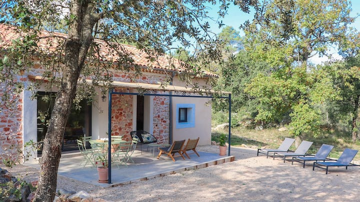 Cinsault, a welcoming villa in Provence.