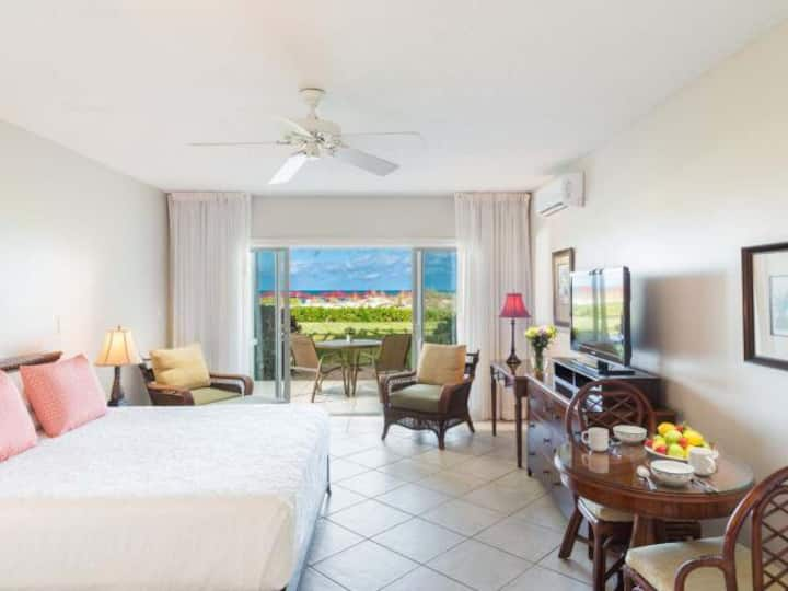 Beachfront Studio, Royal West Indies Resort Bldg 1
