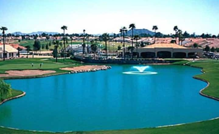 Sun Lakes Country Club Home with Golf Cart