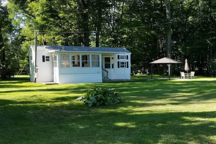 A Quaint, Peaceful Little House in Door County