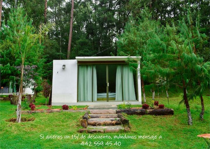 Espacio privado en el bosque- Cómodo romántico
