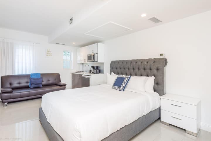 Belleza Miami Beach Premium 1BR Sleeps 5