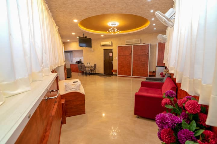 Pent House Studio for Get together & Parties 008
