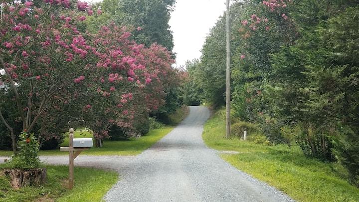 Batesville home near Crozet & Charlottesville